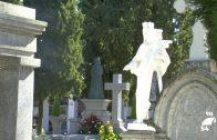 Los pozoalbenses acudieron al cementerio con motivo del Día de Todos Los Santos
